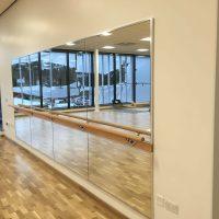 Image 18 Mirror & Barre